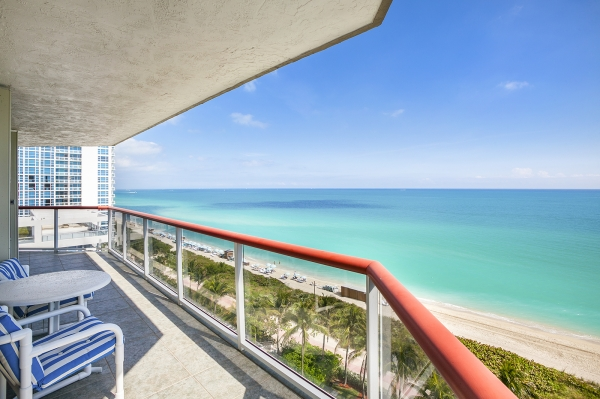 6767 Collins Avenue #1009, Miami Beach