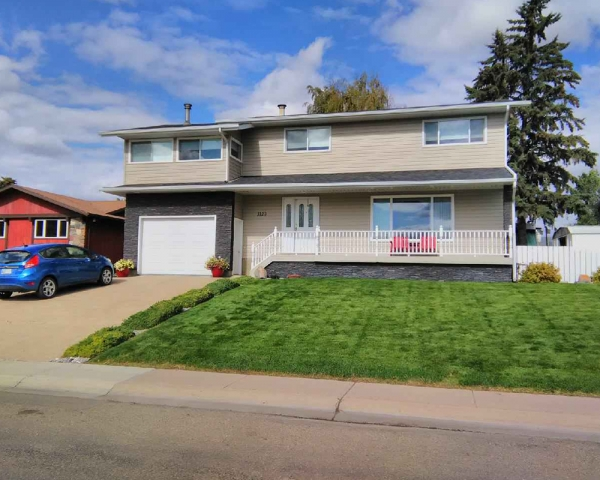 1120 2 Avenue E, Brooks Alberta
