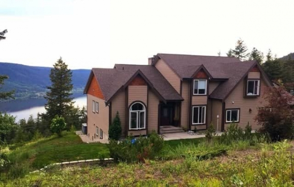 2166 White Road, Williams Lake British Columbia