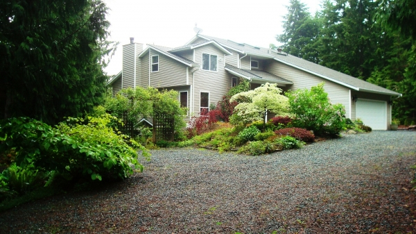 1711 Peligren Place, Qualicum Beach British Columbia